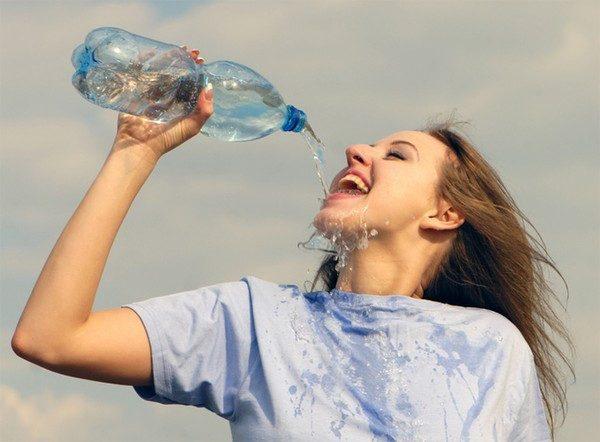 Đại lý giao nước vĩnh hảo bình 20 lít tại quận 10