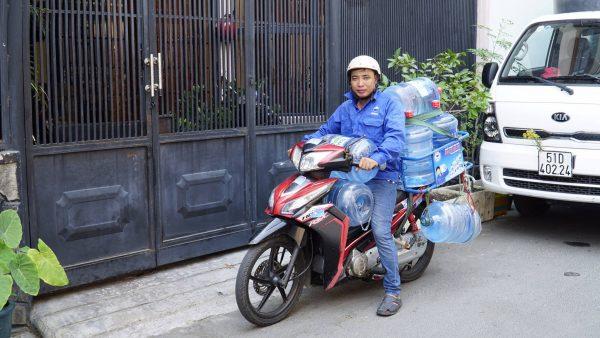 Dịch vụ giao nước uống tận nơi quận Tân Phú
